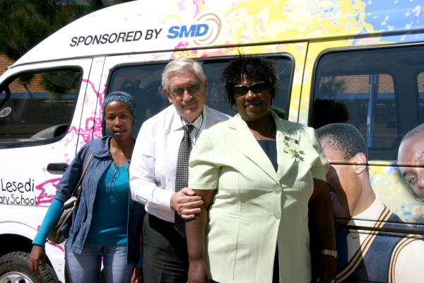 Thuto Lesedi given a bus